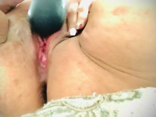 Playing with my Vibrator til I Cum