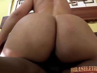 Big ass blonde woman, Mirella Mansur liks to have casual sex with a black dude