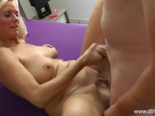 Mega Cumshot finishing touch overhead my pussy together with my titties