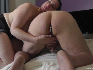 MILF TELLING HUBBY DETAILS OF HER DATE WHILE MILKING HIM