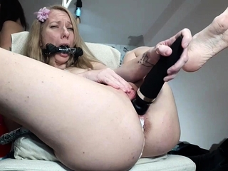 Daughter Licks Her Moms Pussy Tied Up