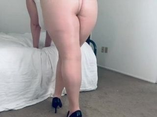 BBW in High Heels and Nylons Sexy Posing and Walking