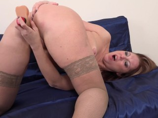 Inadequate housewife Marta bringing off on touching in the flesh