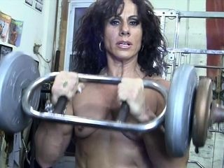Nude lady Bodybuilder smooch My nude Muscles