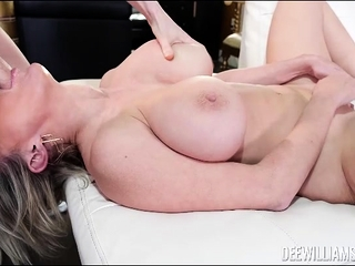 Dee Williams sucking huge cock