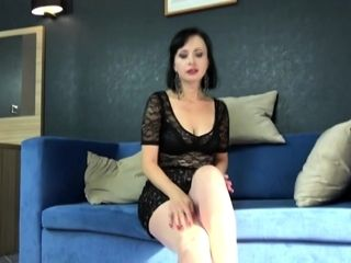 Sweltering mommy Wanilianna ID card themselves