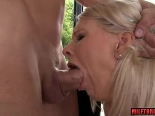 Steaming cougar anal invasion with cum-ssteaming