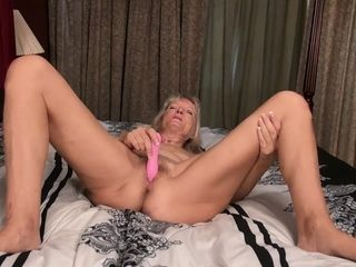 USAwives Compilation of hottest Mature pics