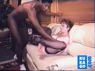 Handsome penis blowing tart lady 005