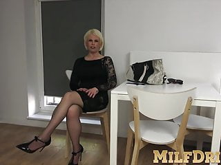 Mature slut with big boobs loves touching herself on bed