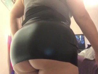 Big ass in black leather skirt