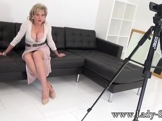 Lady Sonia In Aunt Making A Special Video Just For You