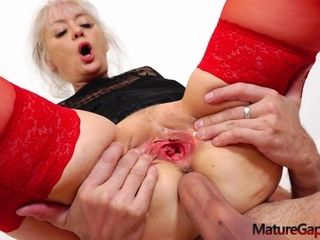Jessica wants a prick up her rump and her mouth filled with ejaculant