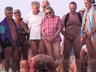 Mommy I´d Like To plow Couples Fornicate On A Nude-beach - asia carrera