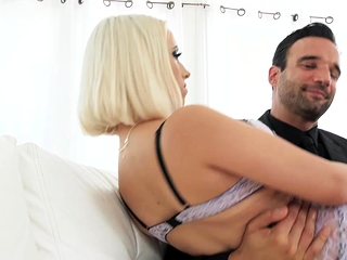 Ash-blonde stunner Aspen Gets A meaty shaft Deep inwards Her cock-squeezing