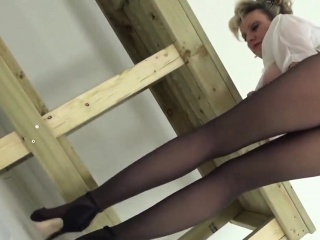 Adulterous brit mature girl sonia introduces her good-sized natu