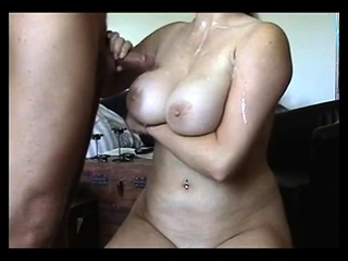 Deutsch Mature-Huge cumload ber ihre Natural Tits