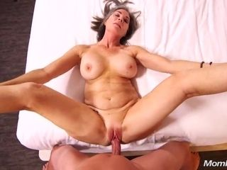 Plumpy cougar point of view lovemaking