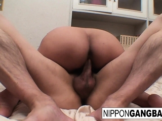 Ultra-kinky chinese honey gets her unshaved cootchie boned