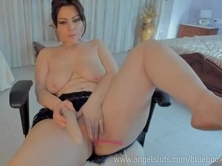 Enormous Juggs mummy Camwhore Needs To jism - inexperienced fucky-fucky