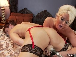 Housewife lesbos having romp machines together