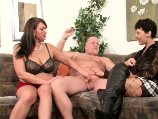 Cougar Neigbour Help older duo for great bang-out & Join GERMAN