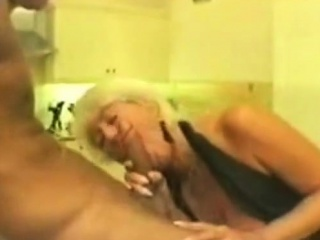 Older mega-bitch picked up and does a oral pleasure