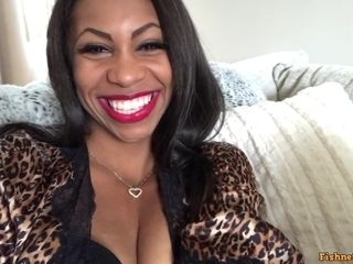 Hot ebony cougar is gonna kiss your dickhead