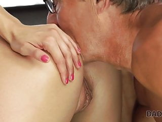 ParentDY4K. Parent nails son's super-sexy domina Victoria Daniels