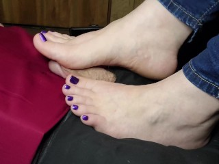 Footjob Stamina Exam from your Teacher