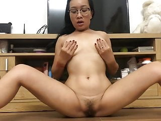 Naughty japanese mummy PLAYS WITH HER beaver