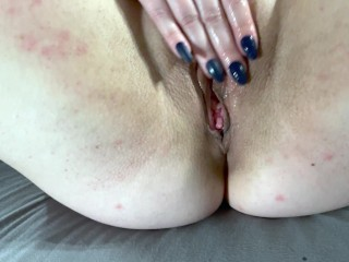Amateur MILF in high heels rubs, fingers and slaps her wet pussy then rides huge dildo to orgasm
