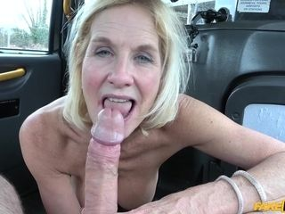 Coitus addicted gilf Molly drilled like a street cockslut in cab cab