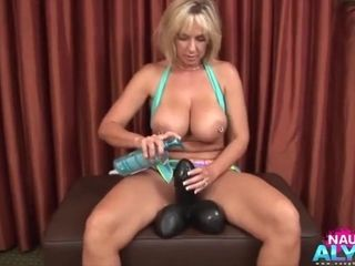 Hump-hungry Alysha takes huge hump playthings into her cooter