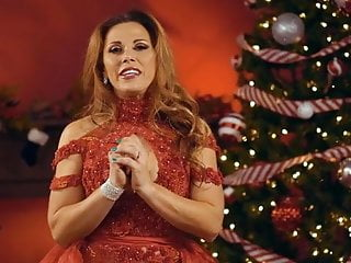 WWE - Mickie James Christmas clip