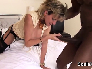 Unfaithful brit mature female sonia showcases her giant pu