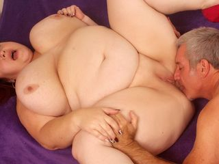 Ample breasted PLUS-SIZE Gal Lynn takes ample shaft
