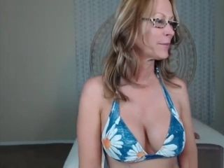 Camgirl Milf JessRyan On Chaturbate
