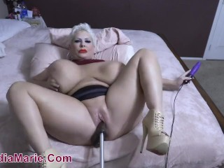 Cellulite ginormous arse Giant Saggy cupcakes Claudia Marie