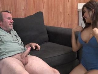Aaliyah Hadid Amuses With older dude