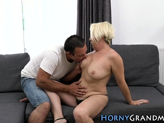 Huge-titted older granny deep-throats meatpipe