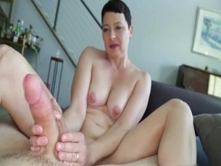 Short-haired housewife hand job
