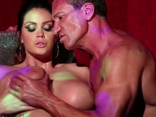 Hefty marvelous damsel stunner Alison Tyler Had bang-out