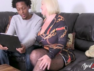 'AGEDLOVE British lady seduced black guy and ride his cock'