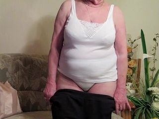 Lost of horny grannies in one steamy compilation