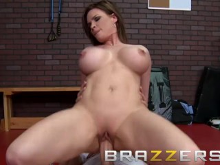 Brazzers - Diamond Foxxx & Xander Corvus - Tap That funbag Out