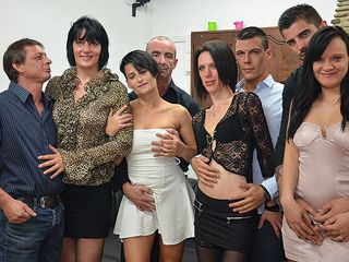 4 wild French gals bang their paramours in super hot gang hump soiree