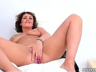 Soaking Cougar spoil Cumming out of reach of Webcam operate